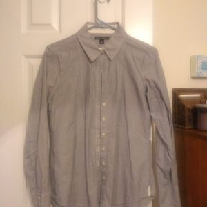 Banana republic pinstripe buttondown blouse
